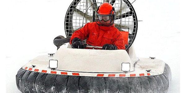 Ve vzduchu: 30minutový kurz řízení vznášedla na ledu