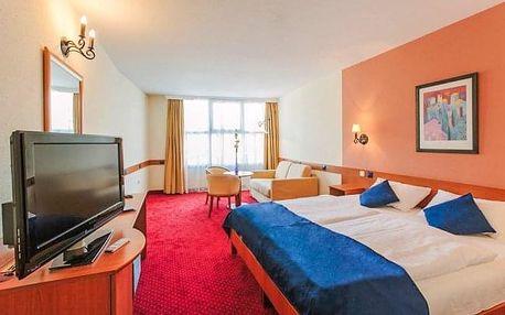 Budapešť luxusně v Hotelu Mediterran **** se snídaní a vířivkou + dítě zdarma