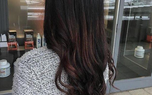 Střih pro polodlouhé vlasy5