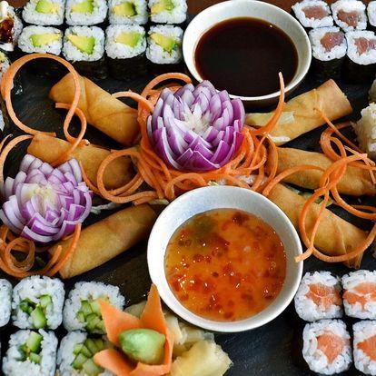 Set s 24–56 kusy sushi vč. polévek a závitků