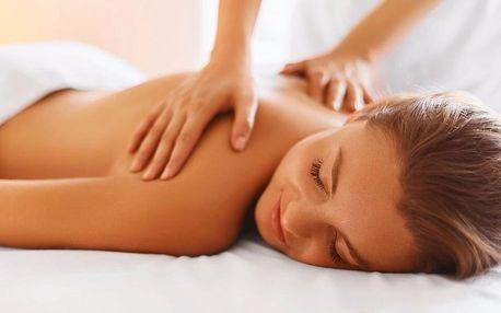 80minutová relaxační masáž aromatickou svíčkou