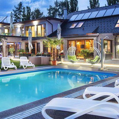 Odpočinkový pobyt s bazény, wellness i jídlem