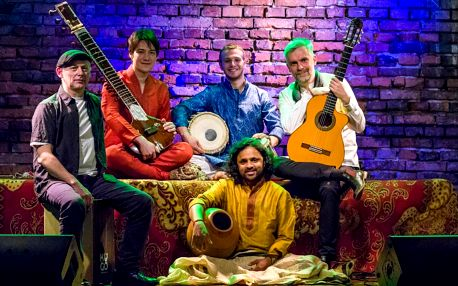 Kapela Indialucia: Flamenco a indická hudby