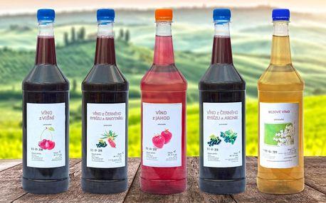 Ovocná vína: set ve skle i čerstvě stáčená v PET lahvích