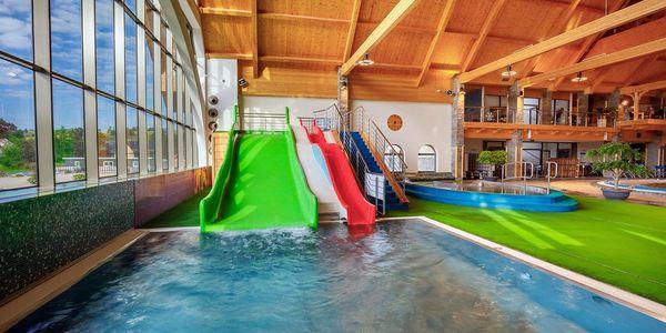 Večerní vstup (pondělí - pátek): bazénový svět a termální léčivé vody3