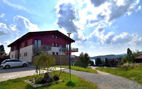 Pobyt přímo u Lipenské přehrady v nových apartmánech