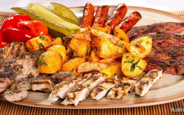 Večeře ve vinném sklípku: tatarák, i steaky