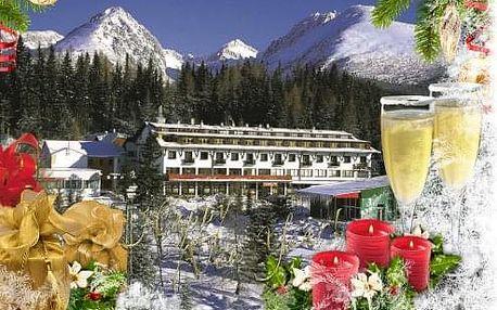 SILVESTR nebo Vánoce v Tatrách na Štrbském Plese v hotelu Toliar s polopenzí a bazény
