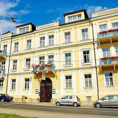 Františkovy Lázně v hotelu v centru s wellness balíčkem a polopenzí