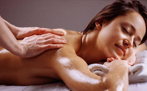 Thajská masáž kokosovým olejem v délce 90 minut