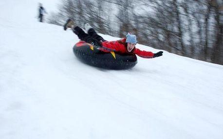 Snowtubing, kruhy na sněhu