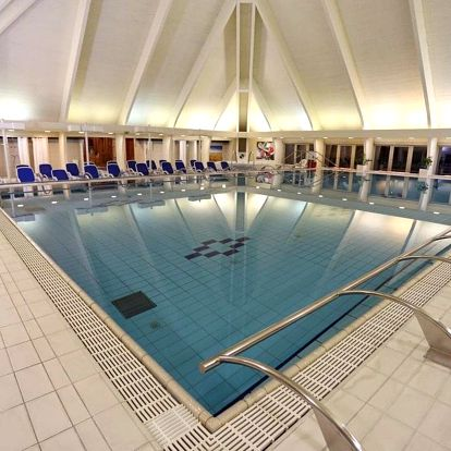 Hevíz, Danubius Health Spa Resort**** s termálními bazény a saunovým světem