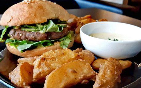 Indický burger dle výběru a hranolky pro 1 i 2 os.