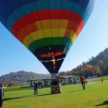Kouzelný vyhlídkový let balónem ve výšce až 300 metrů nad zemí