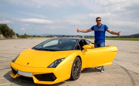 Jízda v Lamborghini Gallardo LP 560 v Čechách s maximální rychlostí až 325 km/h