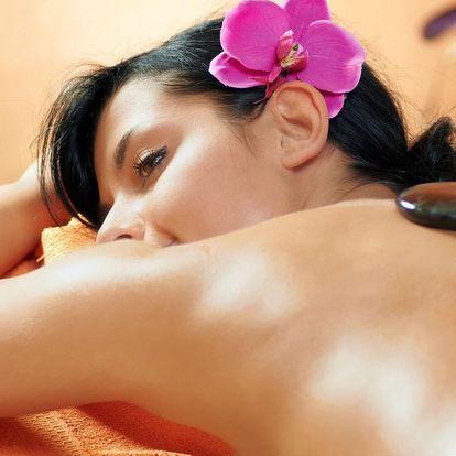 Relaxační masáž lávovými kameny v délce 60 či 90 min