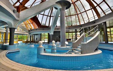 Eger v Hotelu Unicornis *** s plnou penzí, neomezeným wellness a masáží
