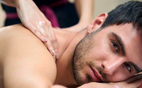 Relaxace pro muže s masáží a vychlazeným pivem