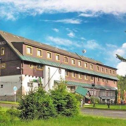 Jizerské hory v Hotelu Maxov *** s polopenzí a vstupem do sauny