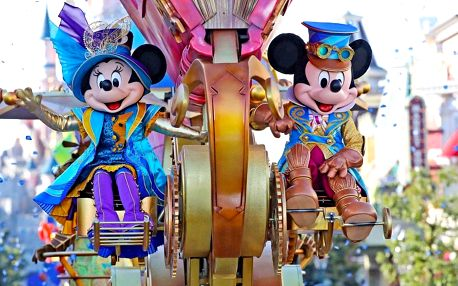 Do Paříže na Eiffelovku, do mořského světa i za zábavou do Disneylandu