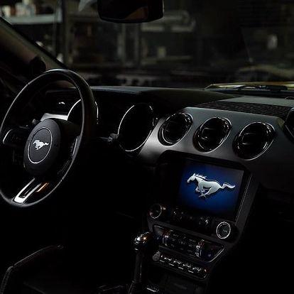 Fordu Mustang GT: spolujezdcem či řidičem na 20-60 min. v Olomouci