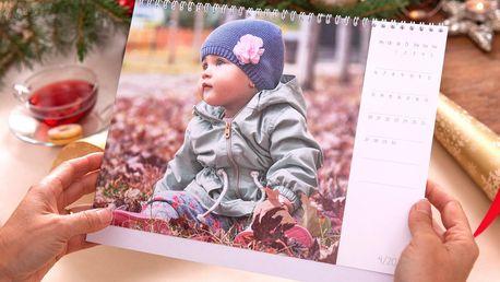 Velký stolní měsíční fotokalendář z vašich fotek