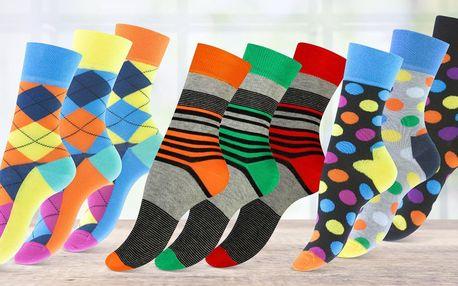 3 páry dámských ponožek v několika vzorech