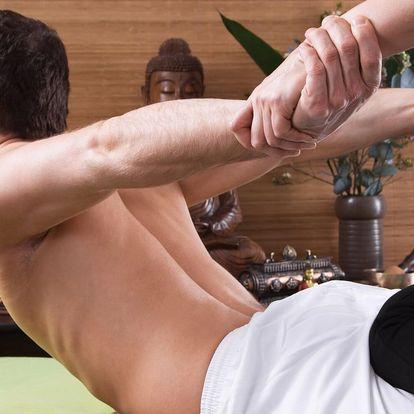 60minutová masáž, zábal nohou i detoxikační nápoj