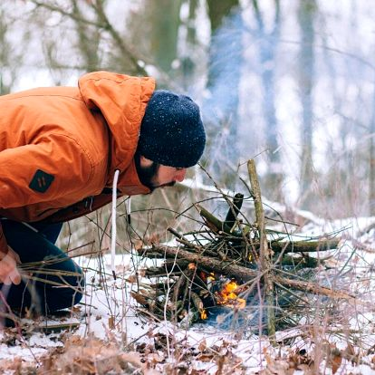 Zimní dvoudenní kurz přežití v přírodě