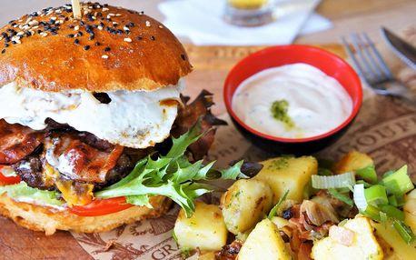Boss burger s hovězím a selskými brambory