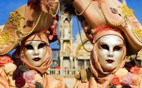 Proslulý Benátský karneval s odjezdy z Moravy