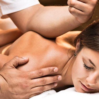 Zdravotní nebo regenerační masáž proti bolesti