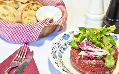 300 g tatarského bifteku se 6 topinkami