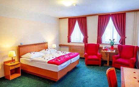 Jeseníky v oceněném Hotelu Slovan **** s polopenzí a až 6 wellness procedurami