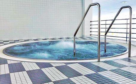Lázně Luhačovice v penzionu se snídaní či polopenzí – vstup do bazénu a možnost husích hodů
