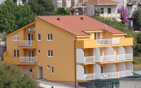 Chorvatsko - Gradac na 8 až 10 dní, bez stravy s dopravou autobusem, Gradac