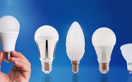 Balení 3 LED žárovek ve studené a teplé bílé
