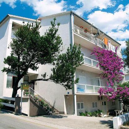 Chorvatsko, Makarska | Villa Grubišič*** | Polopenze | Pláž s pozvolným vstupem do moře | Doprava zdarma