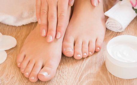 Kompletní péče: mokrá pedikúra a manikúra