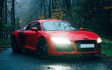 30 nebo 60 min. jízdy v ďábelské Audi R8