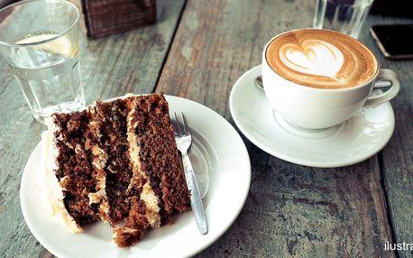 Mrknový dort a horký nápoj pro jednoho i dva