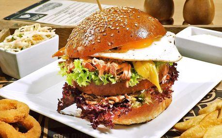 Burger menu #1: trhané vepřové, volské oko i přílohy