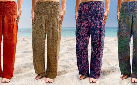 Pohodlné volné kalhoty vyrobené na Bali