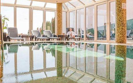 Hévíz: Főnix Club Hotel & Wellness *** v apartmánech s polopenzí a wellness