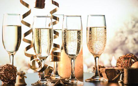 Vánoce nebo Nový rok v hotelu Sevilla*** s wellness a procedurami