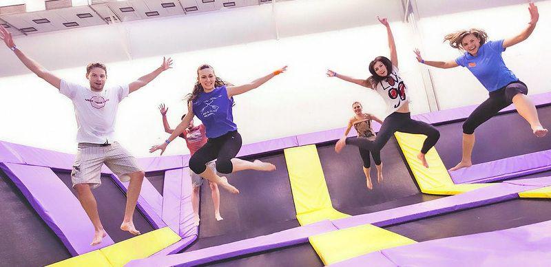Vyskákejte se k radosti v JumpParku