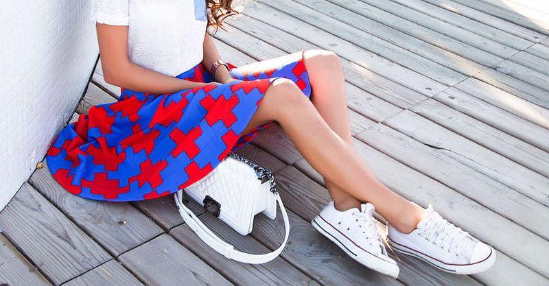 Ukažte světu kolena v sukni