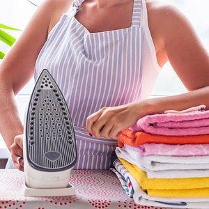 Jak se nenadřít při praní a žehlení?