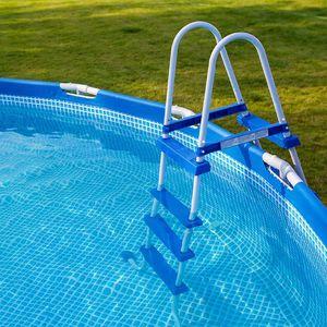 Nadzemní bazény: Dopřejte si chladivé osvěžení