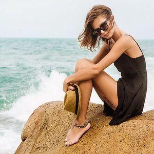 Letní šaty: volnost a sebevědomí
